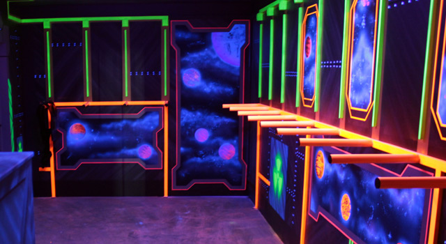 LaserTag // Vesting-Room and Lobby